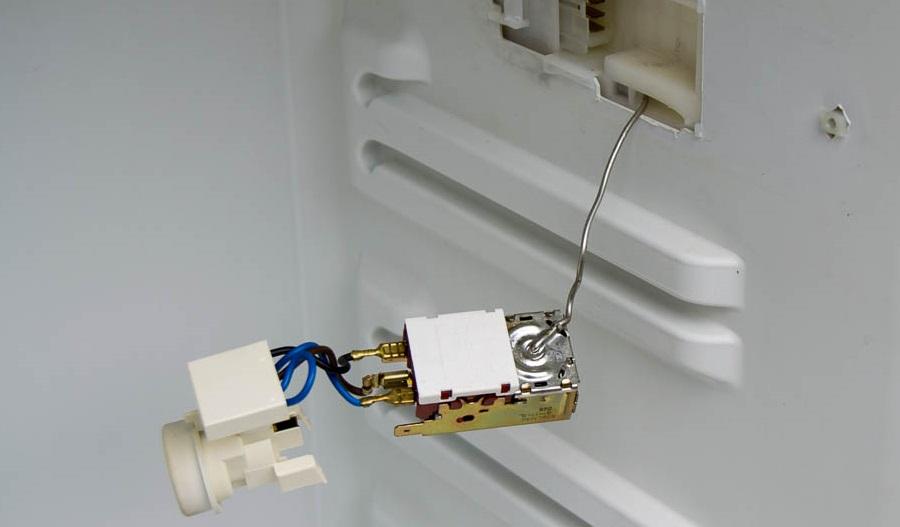 Терморегулятор в холодильнике