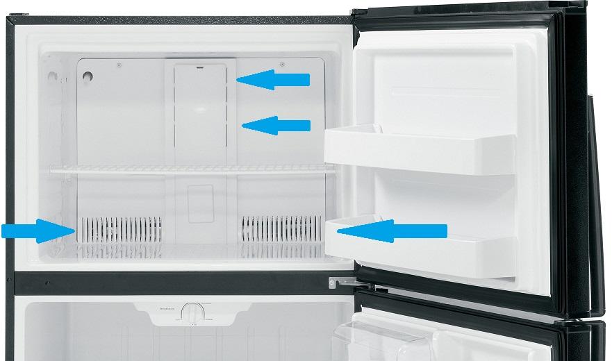 Наледь в морозильной камере с капельной системой